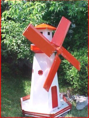 Moulins vent et phare for Phare decoratif pour jardin